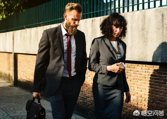 跑业务如何找客户,刚开始做销售怎样发展客户?