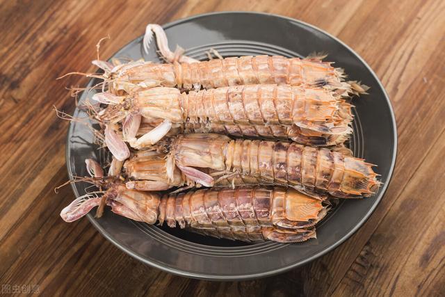 皮皮虾的做法,皮皮虾别用水煮了,这样做营养不流失,味道更鲜美