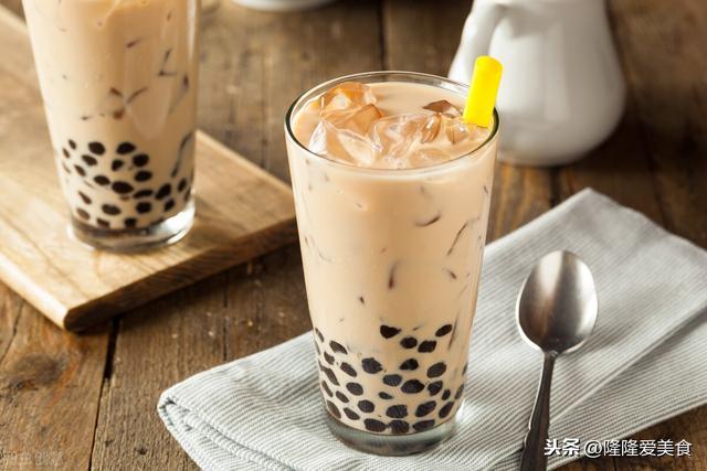 奶茶的做法,这种奶茶做法超简单,不炒糖不煮茶叶,味道还出奇的好,小白都会