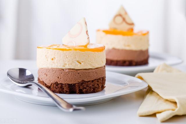 蛋糕的做法,蛋糕详细做法,有没有烤箱都能做,不塌不回缩,松软香甜,超简单