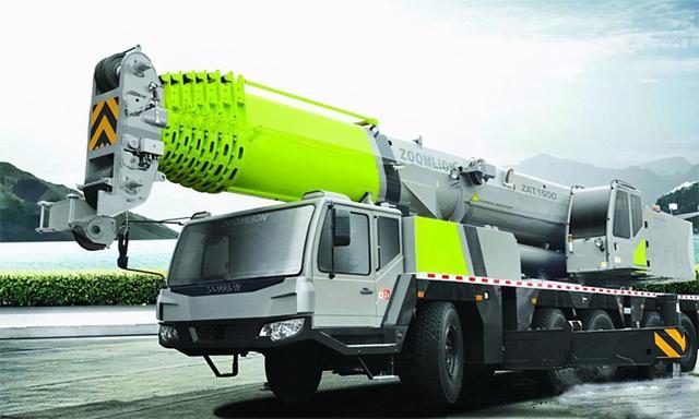 中联重科与土尔其签署2000载重吨履带吊出入口订单信息