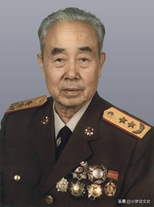 郑的名人,郑文翰:1988年授衔中将,原军事科学院院长,四野走出的名将