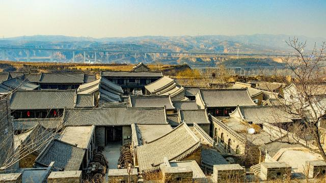 山西十大景区,山西源于明清时期的一座古镇,全长5千米左右,且门票免费