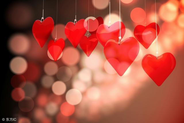 属猪的情感,谈恋爱最懂得浪漫的4个生肖,幸福一辈子!