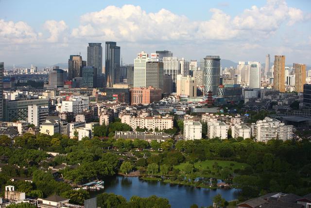 宁波市与无锡市,谁的整体实力更强?