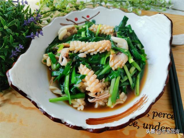 鱿鱼的吃法,年夜饭,鱿鱼怎样做好吃,教你这样炒,鲜上加鲜,鲜嫩爽口还不腥