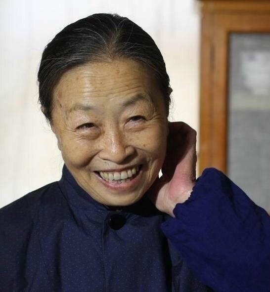 """张少华去世,讣告上的""""先生""""二字体现了对她的崇高敬意 全球新闻风头榜 第3张"""
