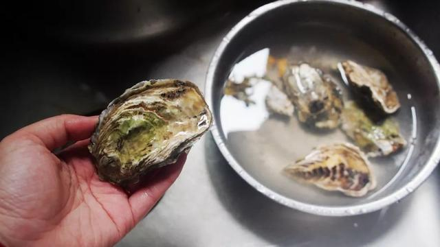 生蚝的做法,【家庭版】一种生蚝四种做法六种口味,轻松get