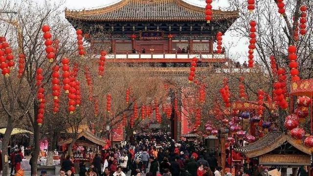 外国节日,又一个洋节日在中国遇冷,被批伤风败俗,我们更喜欢自己的节日
