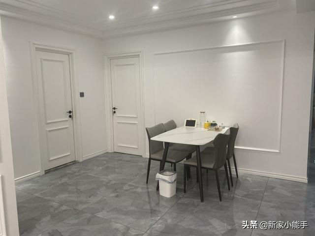 简约风格装修效果图,新房历时半年装修完工,精心设计现代简约风格,保洁做完很舒适