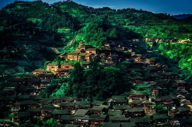 贵州旅游十大景点排名,贵州旅行攻略|来贵州最值得去的10个地方