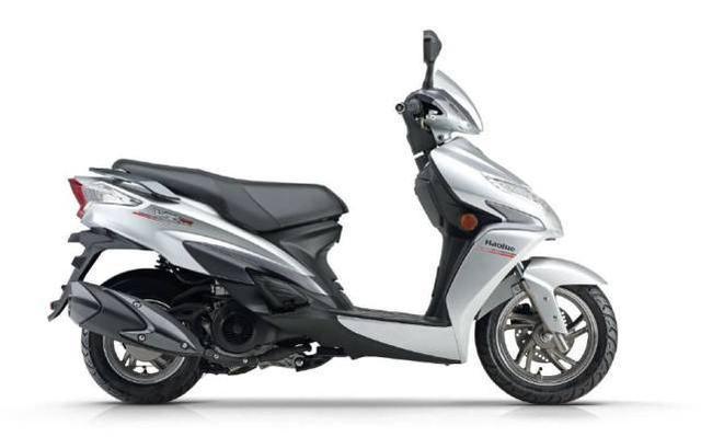 豪爵vr150,豪爵公司设计的一款高端踏板摩托车——豪爵VR150