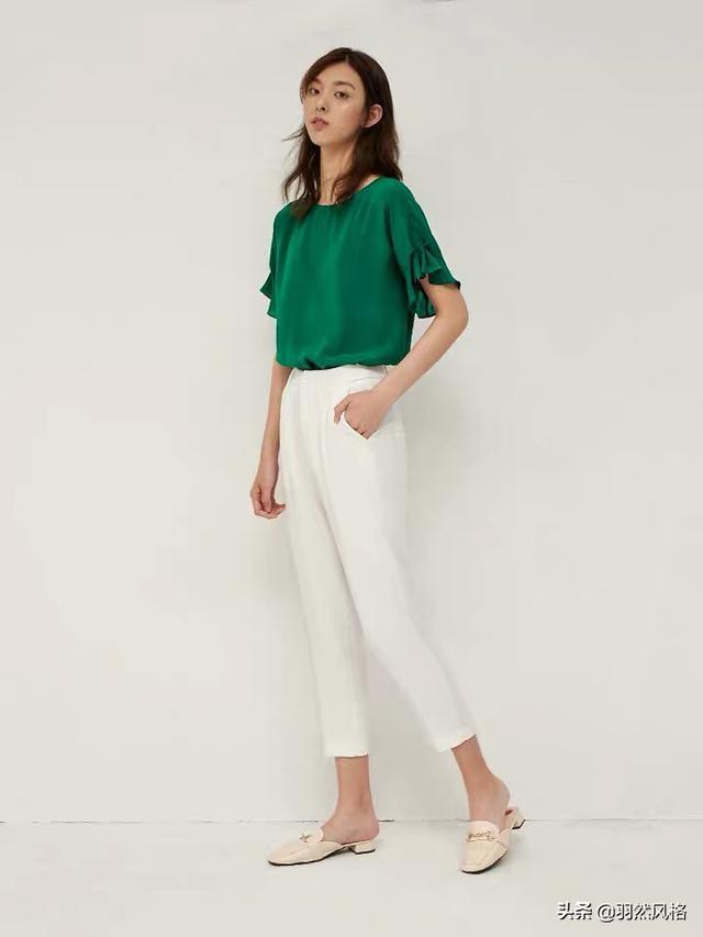 绿色配什么颜色好看,适合绿色衣服的还适合什么颜色?