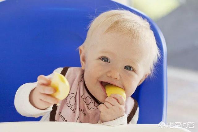 一岁宝宝便秘可以喝火龙果、苹果汁吗?(一岁宝宝吃火龙果上火吗)