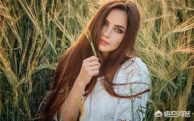 俄罗斯裸体美女,用什么词描述俄罗斯美女?