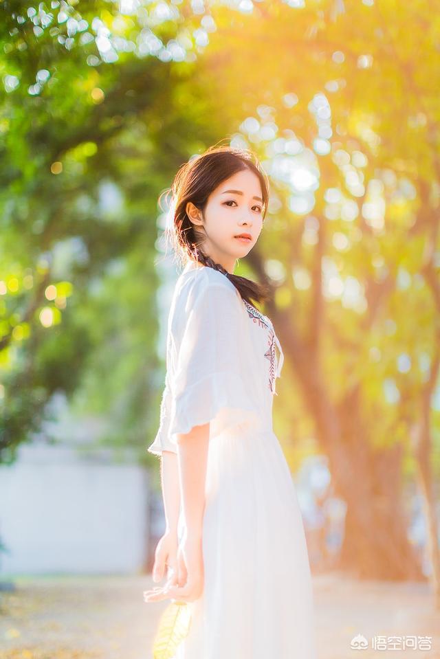 松江同乐小区 :摄影,如何拍摄出黄色调系的美女图片?