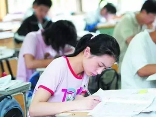 孩子中考已经进入到冲刺准备阶段,这个时候补课有没有必要?