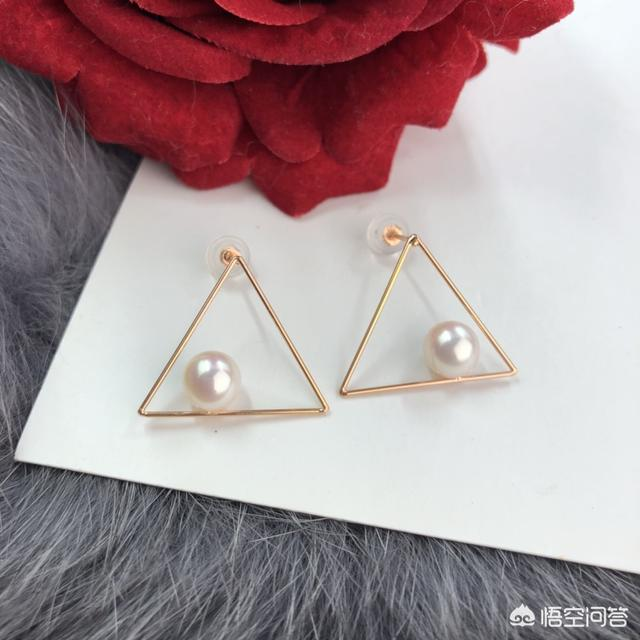 海水珍珠和淡水珍珠哪个贵、淡水珍珠和海水珠区别、淡水珍珠是真的珍珠吗插图2