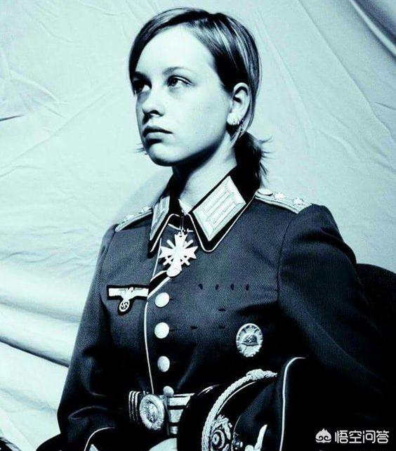 历史上多数人认为瑞典的军装最漂亮,名符其实的军装是哪国的呢?
