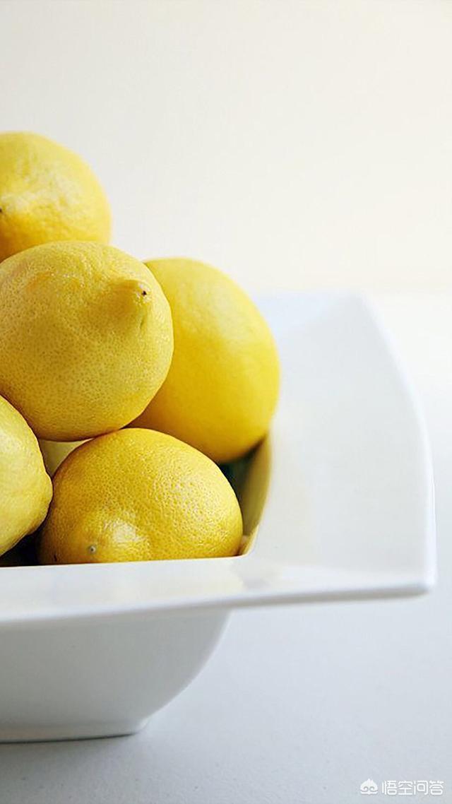 冠今园创业大学生挑战吃柠檬,为什么有的人吃