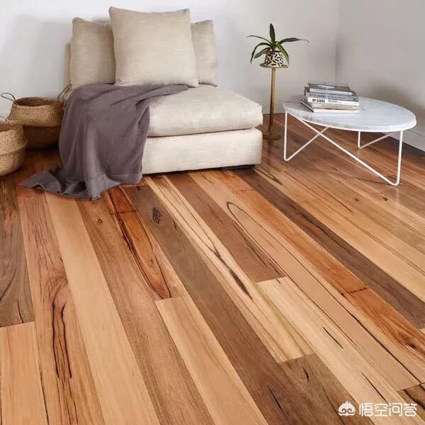 卧室装修,地板选什么颜色好?