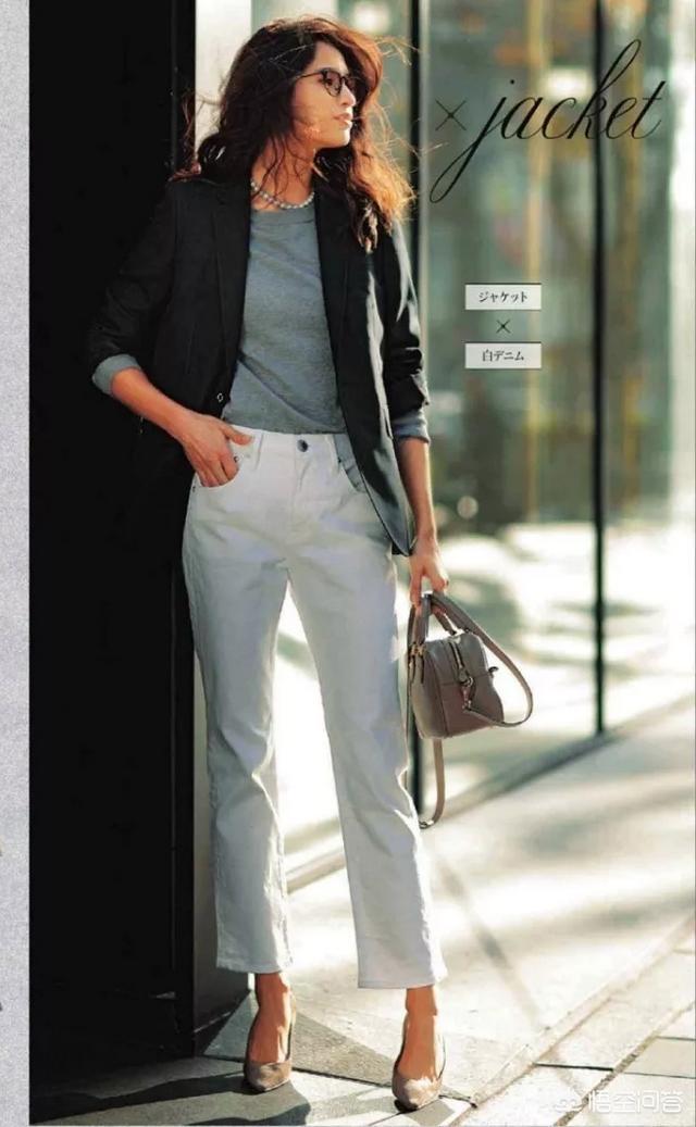 灰色裤子搭配上衣图,灰色阔腿裤搭什么上衣好看?