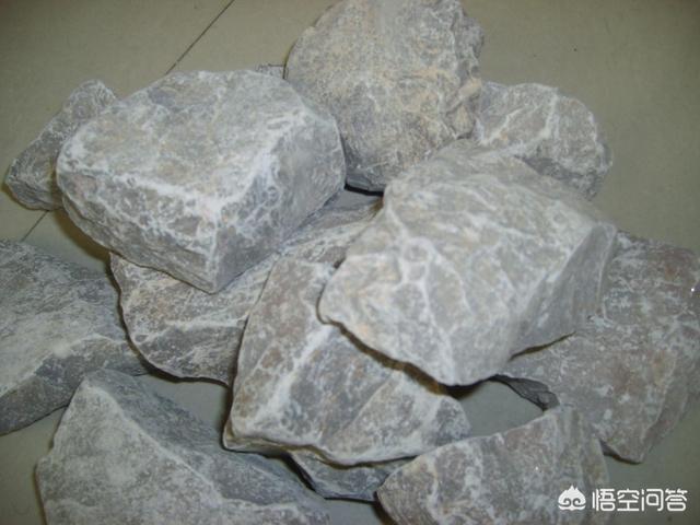 如何能让一块石头腐蚀掉,而且还快,普通人都能做到的方法吗?