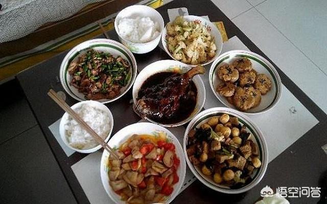 有哪些菜是孩子喜欢吃又营养的?(小孩吃什么菜比较有营养)
