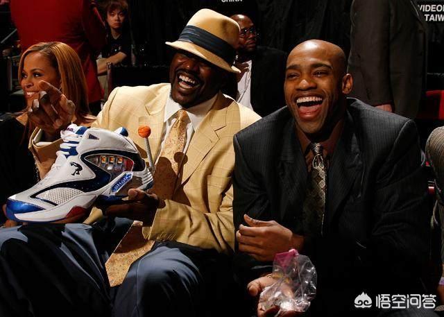 美国媒体列举NBA最佳球员排行榜,科比排名第二,库里超越韦德邓肯排名第四,你怎么看?NBA最搞笑的球员是谁?