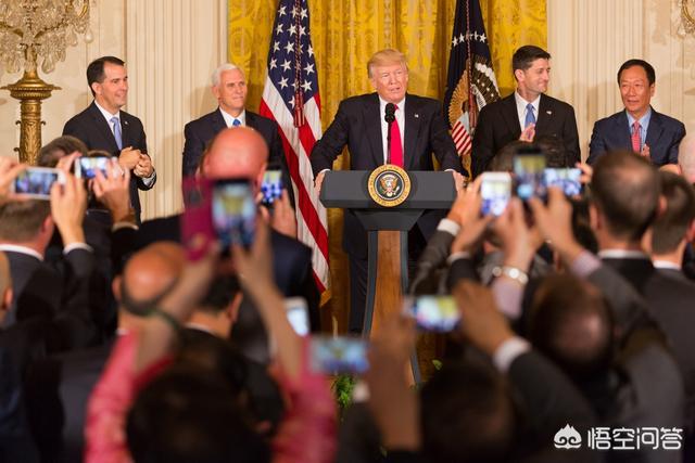 刚刚特朗普已经宣布美国进入紧急状态,对美国