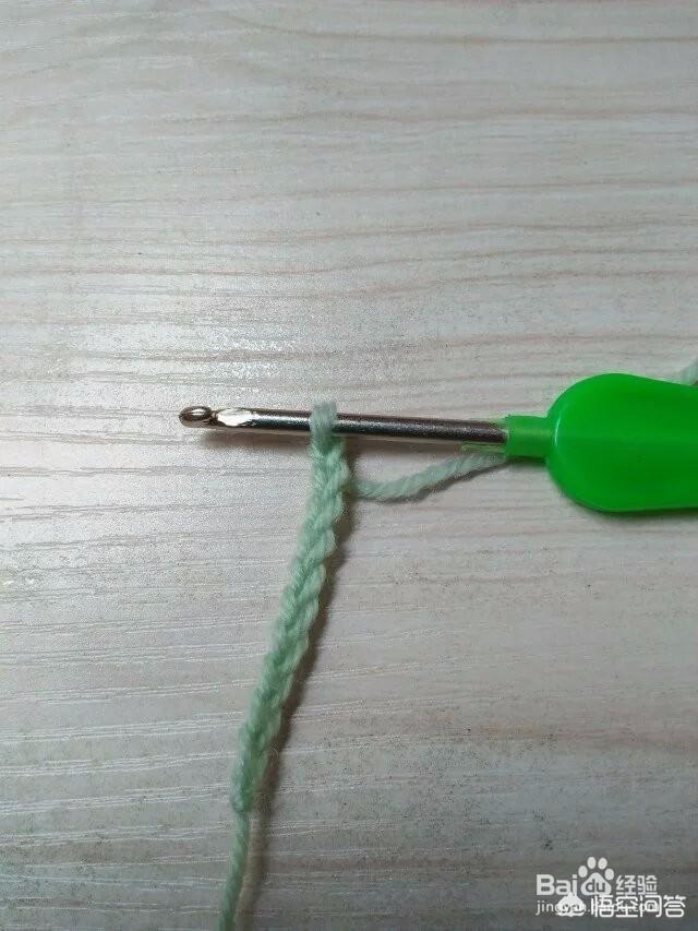 教师节礼物钩针针织教程,怎样用毛线钩织宝宝的鞋子?(怎样用钩针钩婴儿毛鞋)