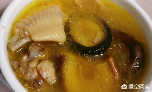 你们是如何用土鸡做汤的?(气血两补煲鸡汤的做法)