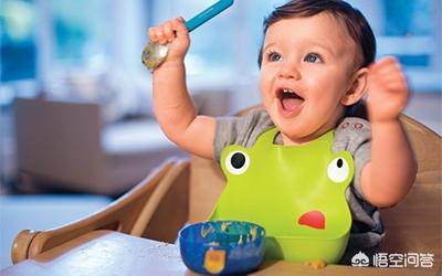 宝宝几个月可以吃东西?一般吃什么东西?