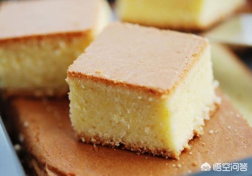 如何用3种材料做一个经典的海绵蛋糕?(海绵蛋糕的简单做法)