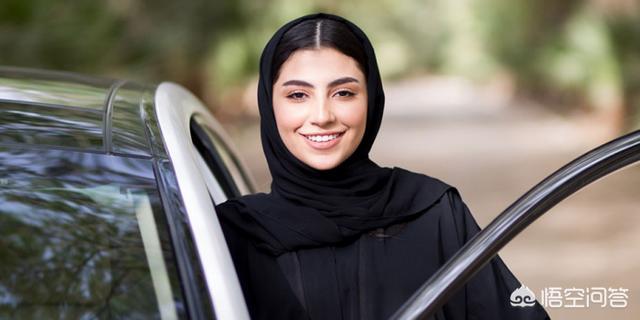 如何看待明年起沙特将允许女性进入体育场观看比赛?