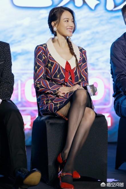 舒淇出席《上海堡垒》马尾辫配连衣裙造型怎么