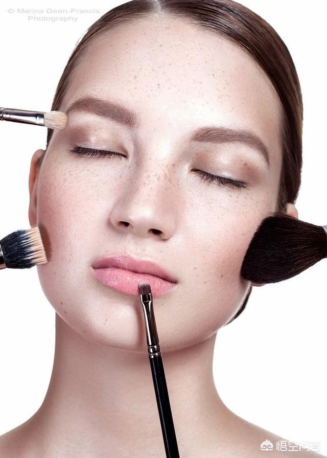 #最强美妆#化妆伤皮肤吗,一周化几次妆最好?