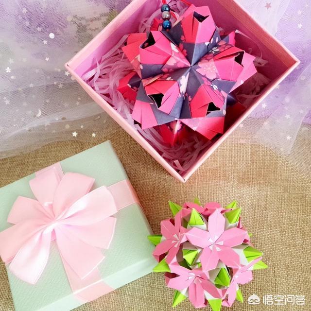 自己动手送礼物给女朋友做什么好,想送给女朋友一个手工折纸,有什么建议吗?