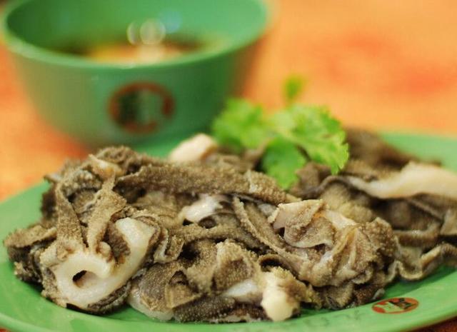 爆肚是羊肚还是牛肚 老北京爆肚的正确吃法 爆肚是什么?为什么老北京爆肚这么火?