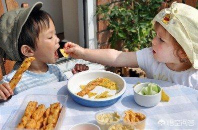 到底要不要给孩子吃零食?