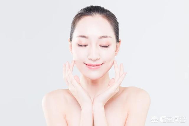 化妆水是不是爽肤水(化妆水和爽肤水一样吗)