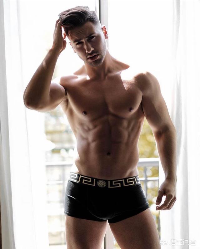18男生的小丁丁照片,健身的你,到底穿不穿内裤?