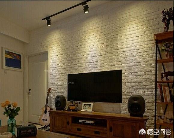 全屋白墙茶褐色家具配什么颜色的电视背景墙壁纸?