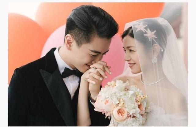 你最喜欢哪个明星的婚纱照?