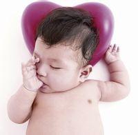 怎么去区分宝宝的一些动作是不是脑瘫或者正常现象呢?