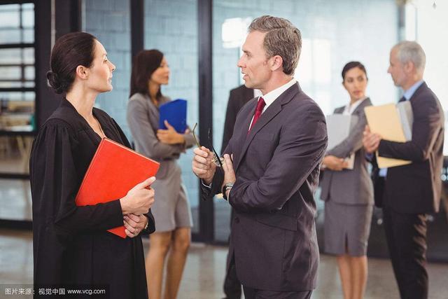 太平洋在线:律师是什么样的一种职业?