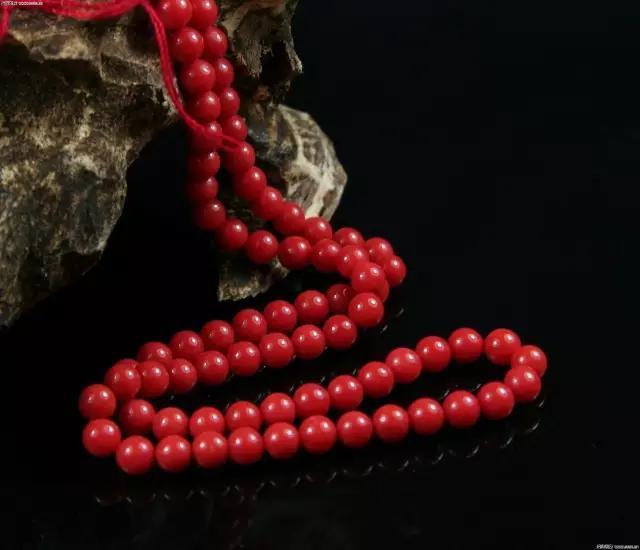 女人比较喜欢珠宝还是纯银首饰?插图19