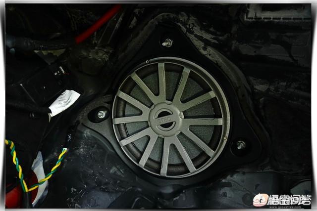 奔驰C200专车专用音响改装案例有吗?(图9)
