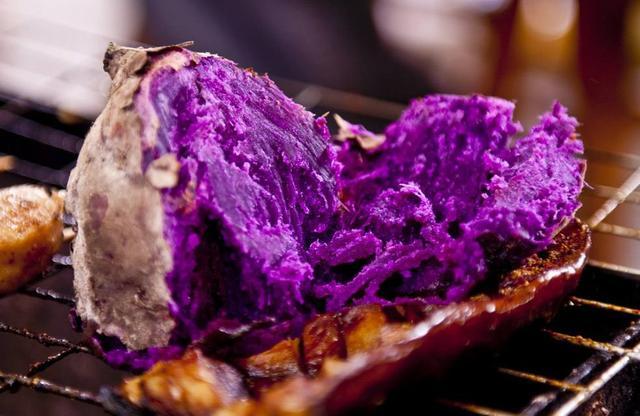 紫薯和红薯到底哪个热量高?