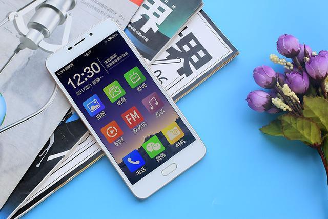 适合老年人手机,老年人最适合使用什么智能手机?